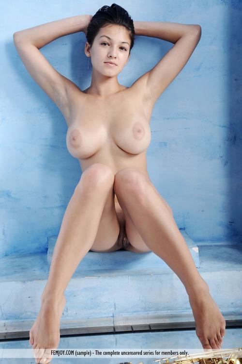 femme nue lingerie 171