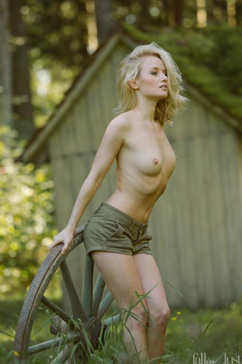 image hot femme nue 003
