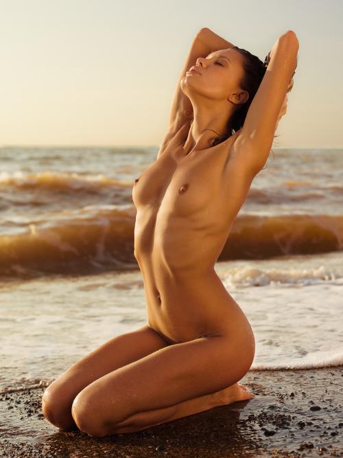 jolie femme lingerie 223
